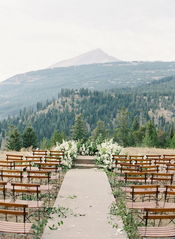 mountainside chic wedding ceremony decoration ideas