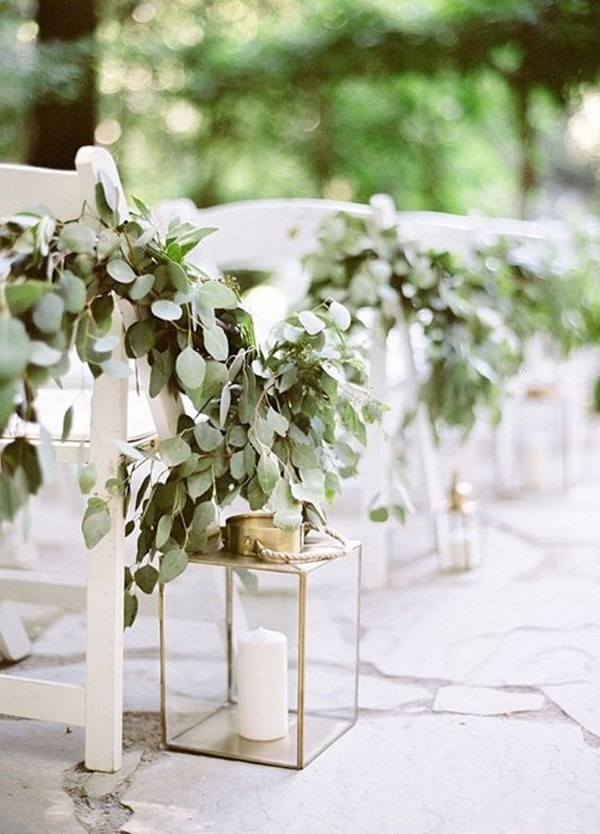 outdoor wedding aisle ideas with lanterns and garland