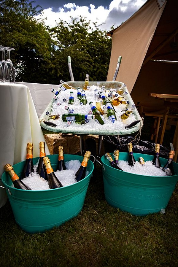 outdoor wedding drink station ideas
