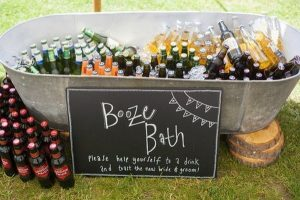 outdoor wedding ideas with drinks