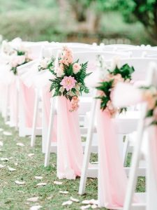 pink flowing fabric and floral wedding aisle decoration ideas