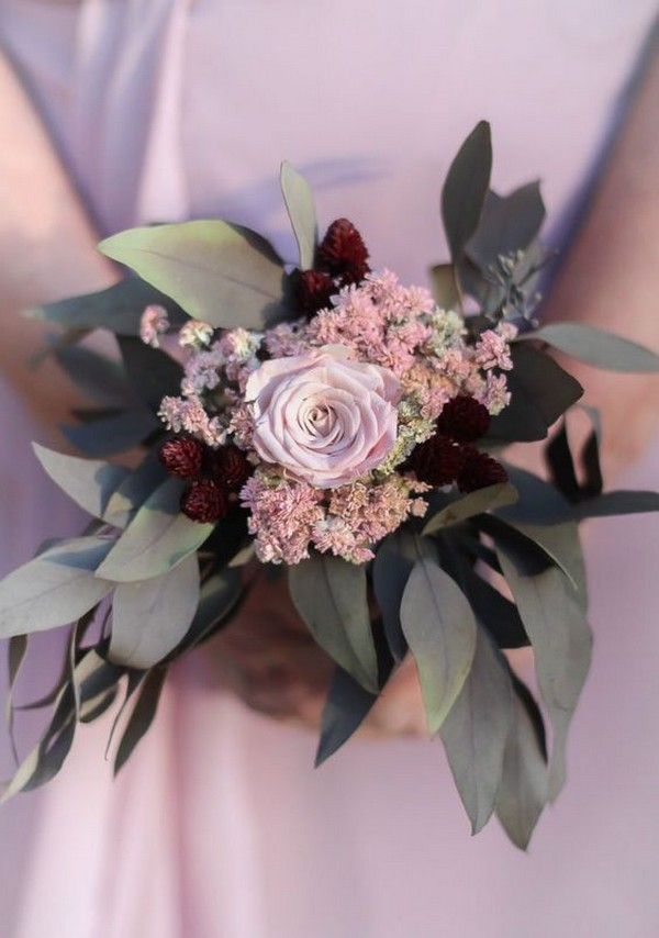 shades of pink and burgundy wedding bouquet