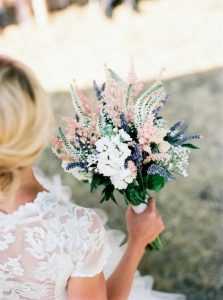 shades of pink and lavender wedding bouquet
