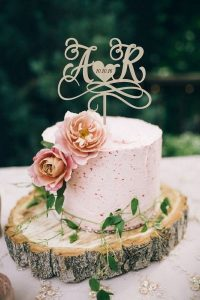 shades of pink one tier wedding cake