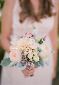 soft pinks elegant weding bouquet