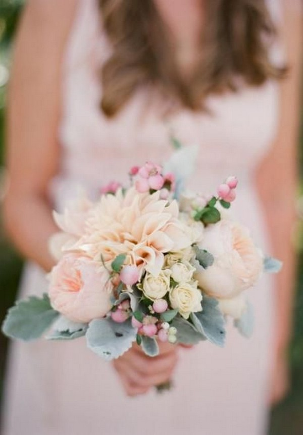 soft pinks elegant weding bouquet