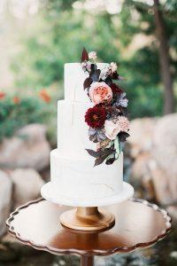 blush and burgundy fall wedding cake