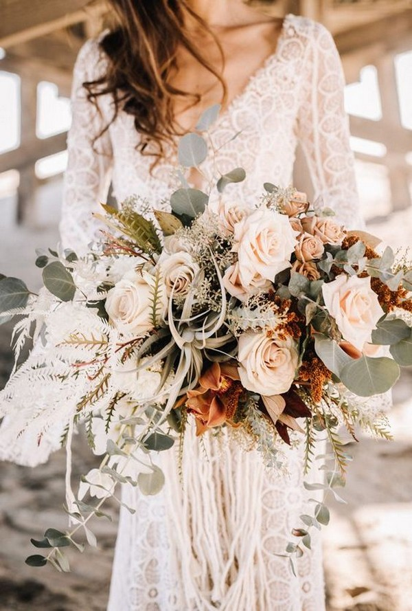 bohemian neutral fall wedding bouquet ideas