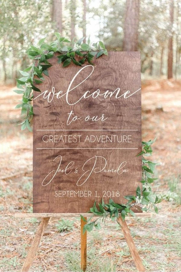 calligraphy wooden wedding welcome sign ideas