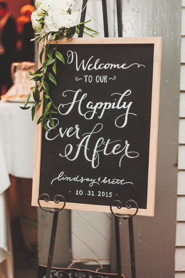 chic chalkboard wedding welcome sign ideas