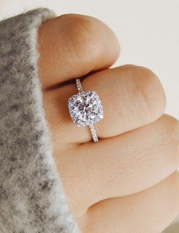 classic halo diamond wedding engagement ring