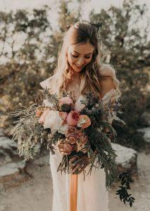pink and peach boho fall wedding bouquet