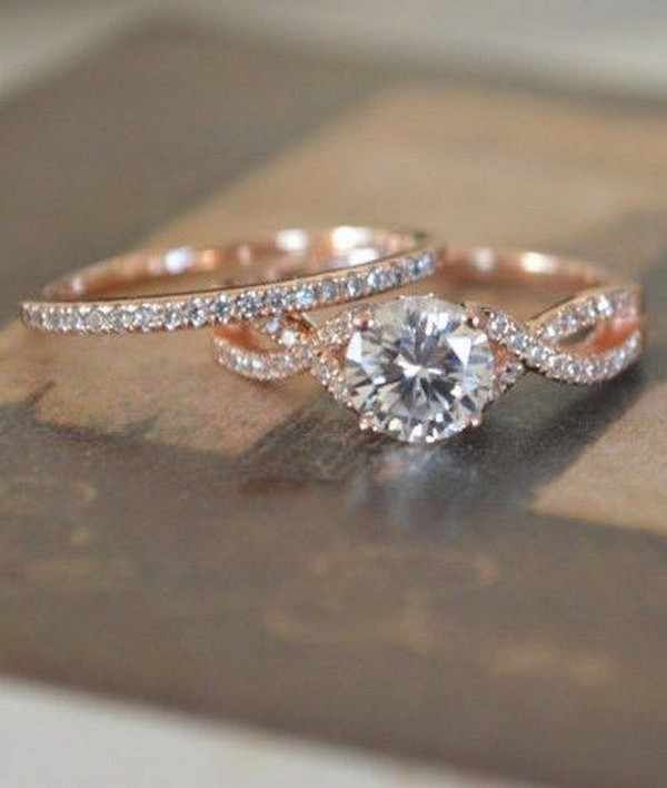 rose gold twisted round diamond wedding engagement ring