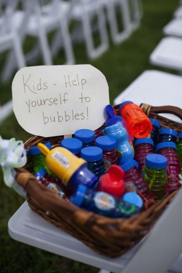 entertain kids at your wedding