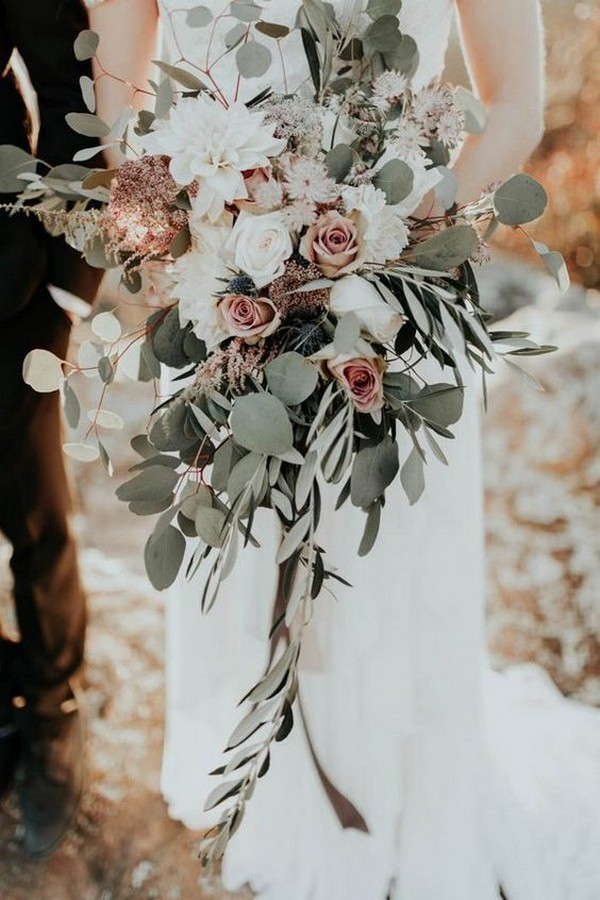 greenery and dusty rose wedding bouquet
