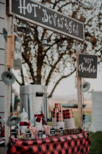 hot chocolate bar for outdoor fall weddings