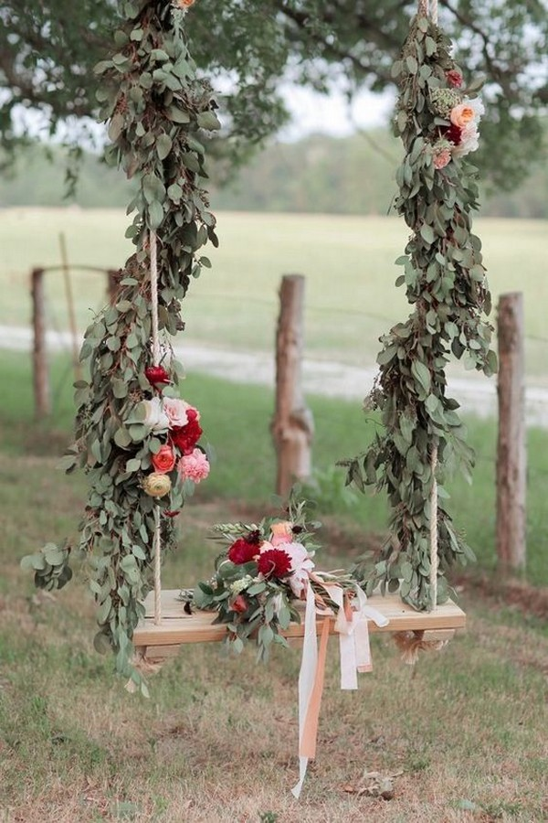 outdoor swing wedding photo booth ideas