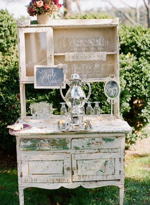 rustic fall wedding drink bar ideas