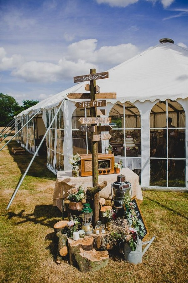 rustic outdoor wedding sign ideas