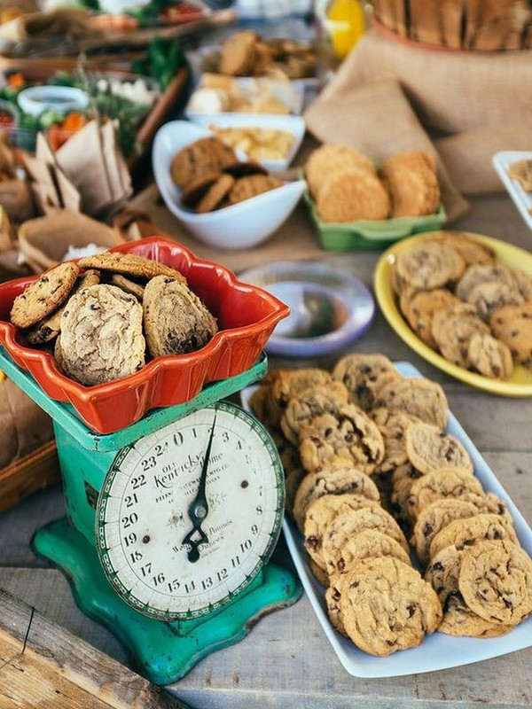 rustic wedding dessert cookie bar ideas