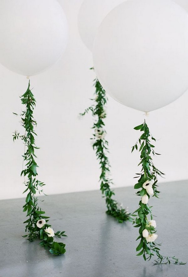 balloons with flower gralands for wedding decorations
