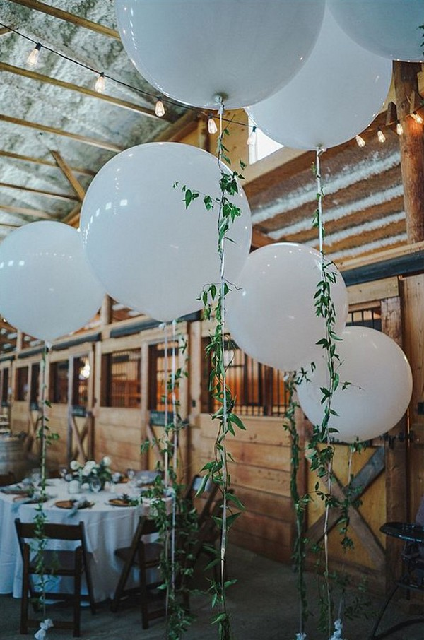 chic rustic wedding reception ideas with balloons