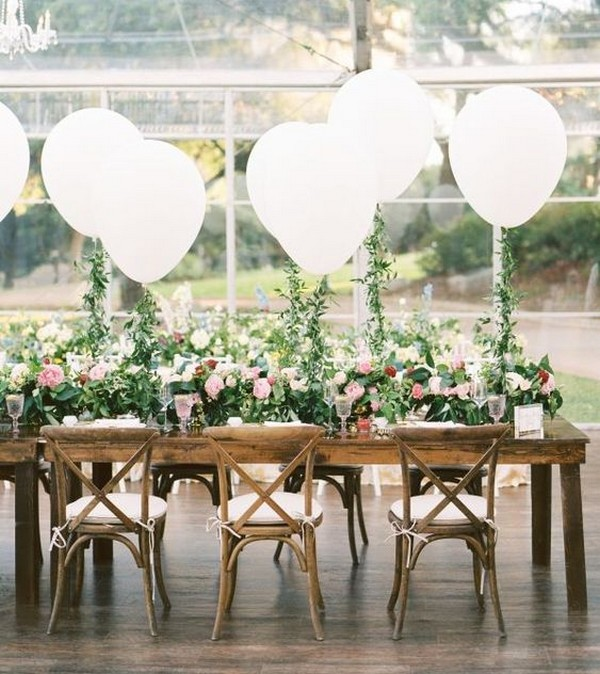 chic wedding reception ideas with balloons