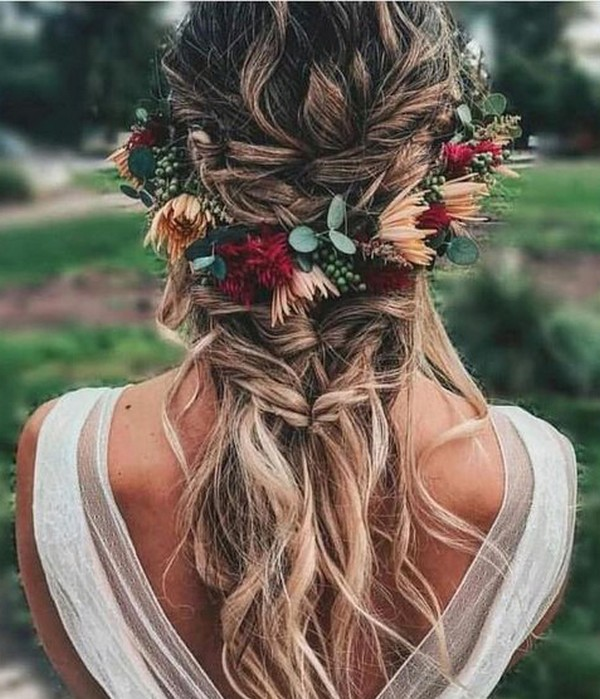 fall wedding hairstyles half up half down