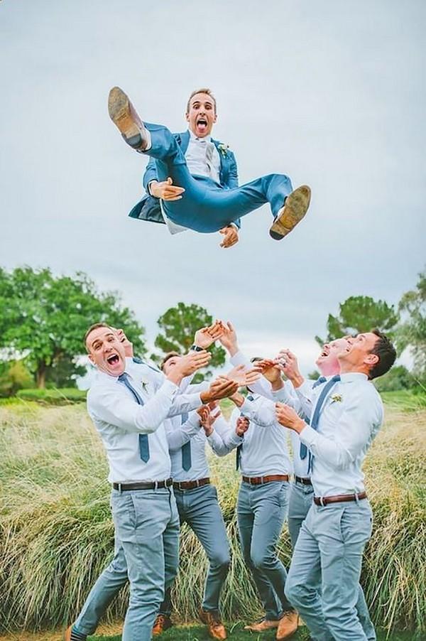 funny wedding photo ideas for groomsmen