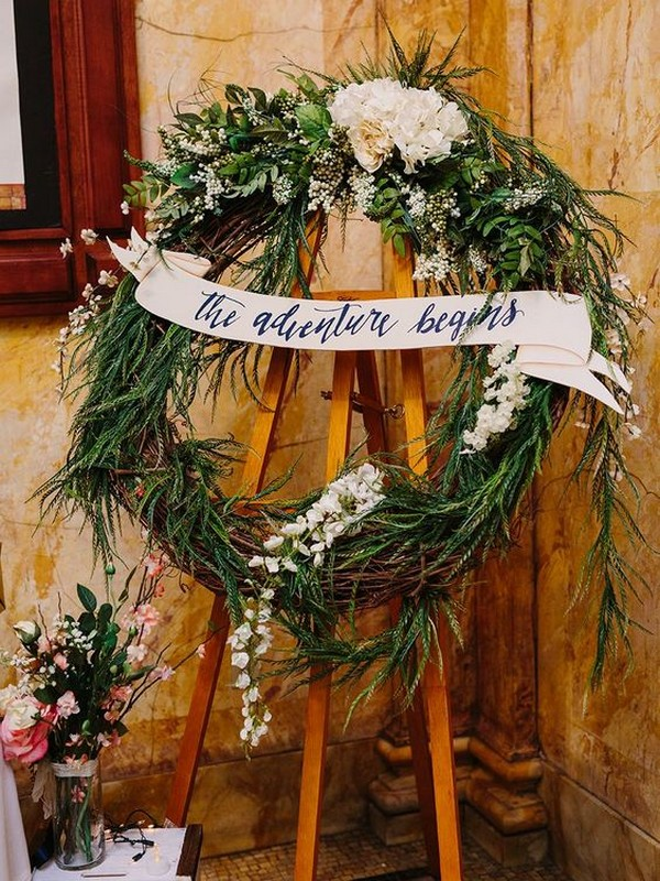 greenery wreath wedding decoration ideas