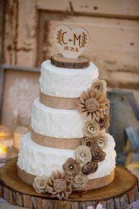 rustic vintage burlap wedding cake