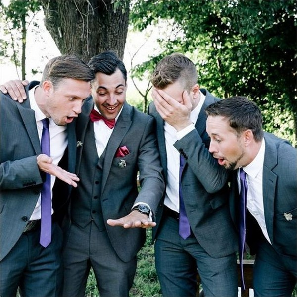 show off the ring groomsmen photo ideas