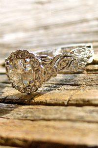 stunning round cut vintage wedding engagement ring