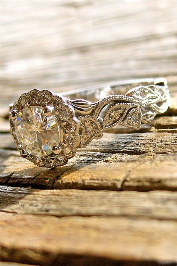 stunning round cut vintage wedding engagement ring