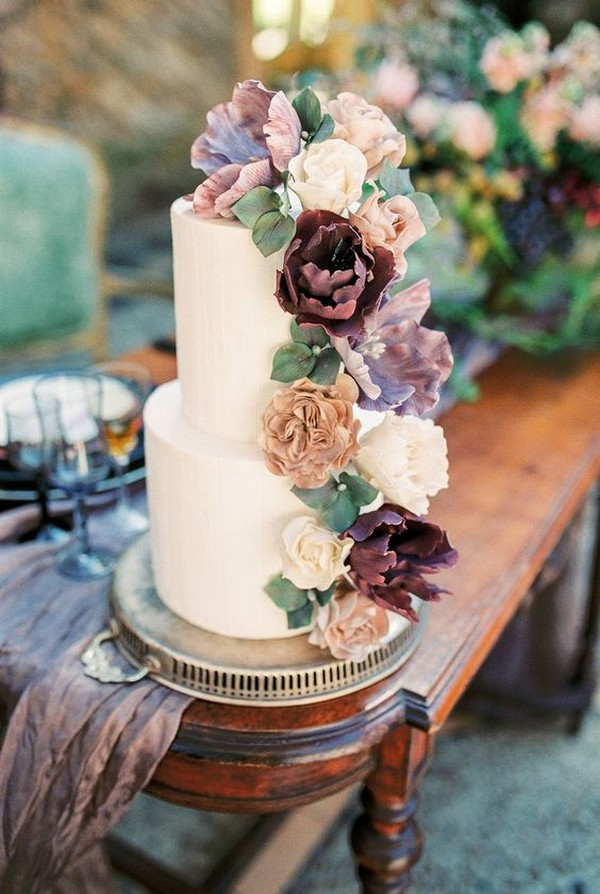 vintage inspired floral wedding cake