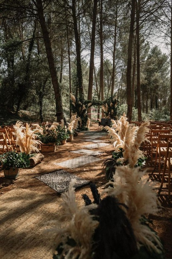 boho chic pampas grass wedding ceremony decoration ideas