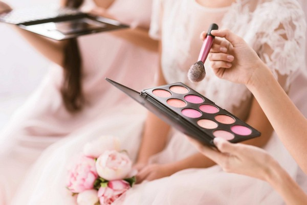 bridal-makeup-kit-palette-for-wedding-make-up