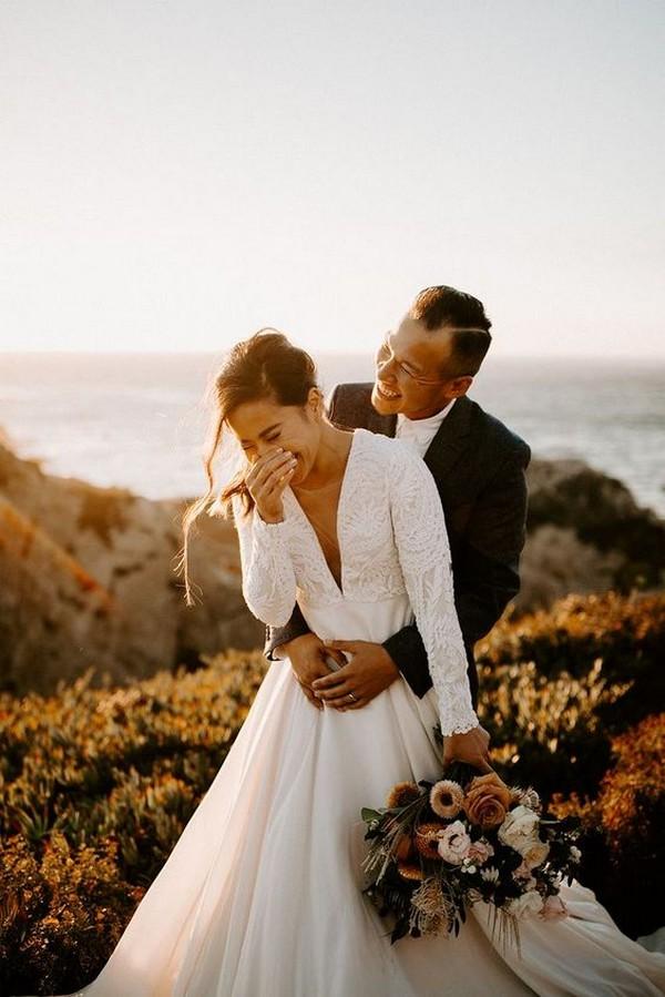 bride and groom sweet wedding photo ideas