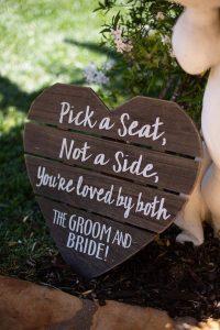 budget friendly small wedding ceremony sign ideas