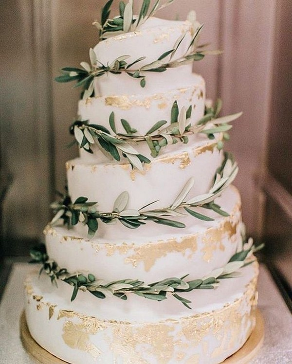 metallic gold and greenery wedding cake