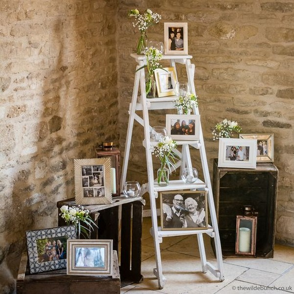 vintage wedding ideas to display family photos with ladder