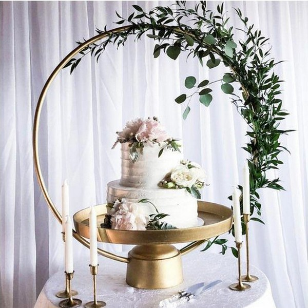 10 Gorgeous Wedding Cakes With Hoop Stand And Decorations
