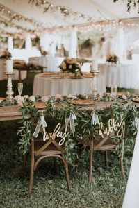 chic hubby and wifey wedding chair signs