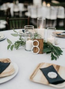 chic simple fall wedding centerpiece ideas with candles
