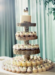country wedding cake ideas with cupcakes