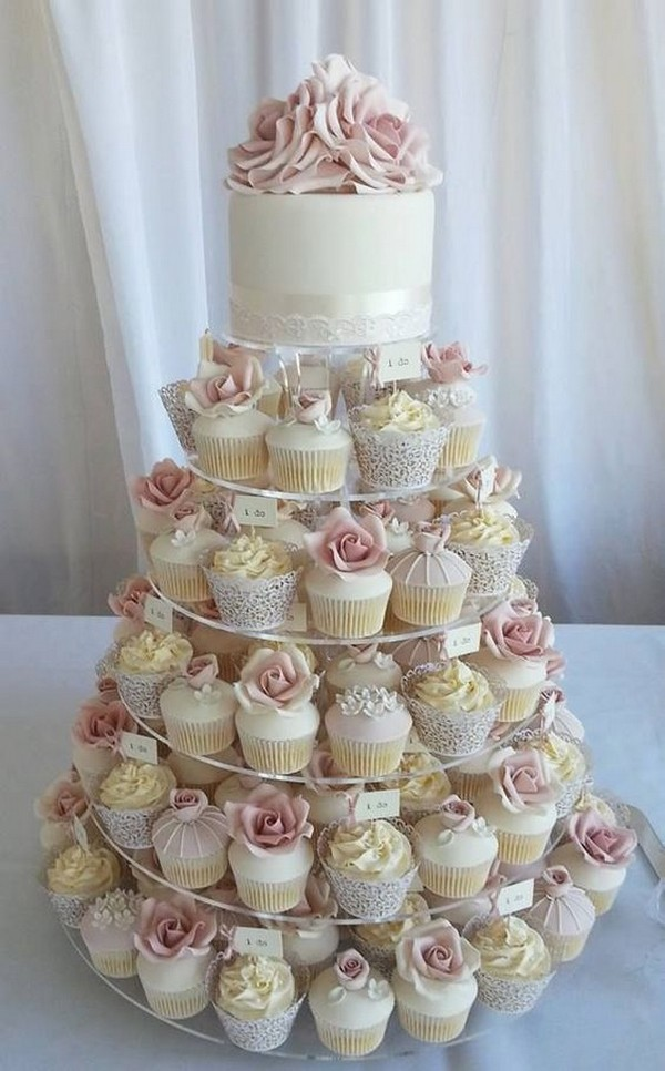 vintage wedding cake ideas with cupcakes