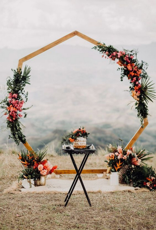 boho chic geometric wedding backdrop ideas