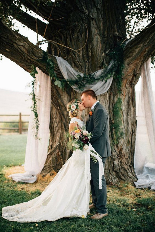 budget friendly tree wedding backdrop ideas