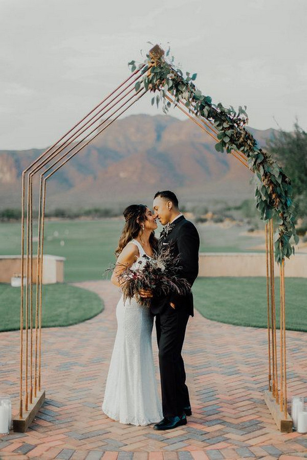 geometric outdoor wedding arch ideas