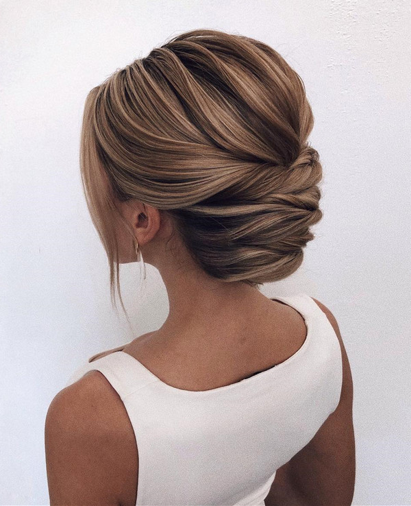 gorgeous bridal wedding hairstyle updos